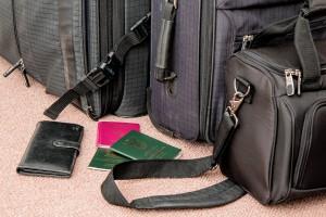 suitcase-841200_1280
